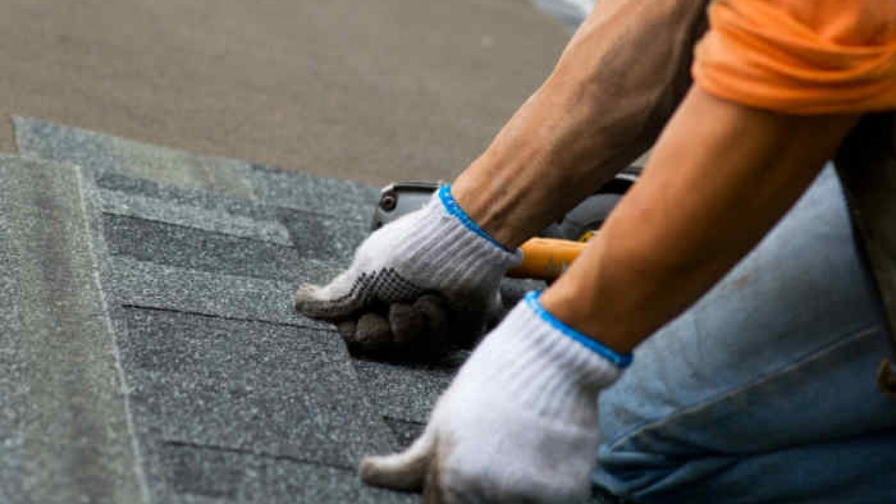 Roofing Jobs Are Not All the Same: These Factors Affect Prices - Roof Lux